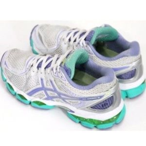 ASICS Nimbus 16 Women's Running Shoes Size 6